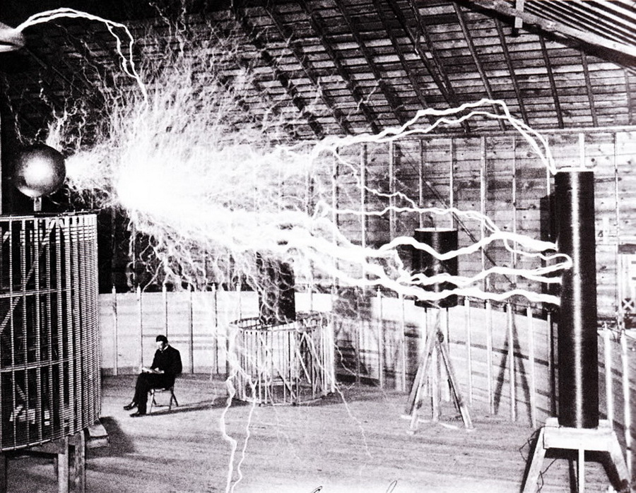 Introduction to Dr. Nikola Tesla - The God of Science