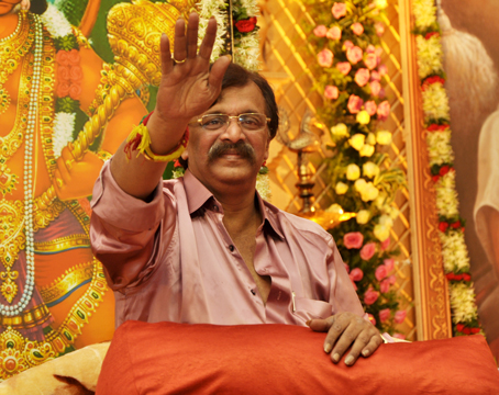 aniruddha bapu photos